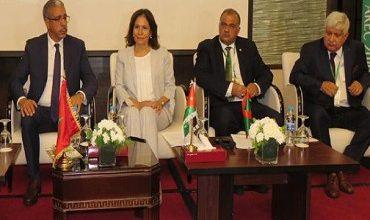 Photo of المغرب يتسلم بعمان رئاسة الهيئة العربية للطاقة المتجددة للعامين المقبلين