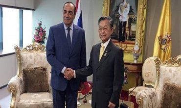 Photo of بانكوك : السيد المالكي يبحث مع رئيسي البرلمان ومجلس الشيوخ التايلاندي سبل تعزيز التعاون الثنائي