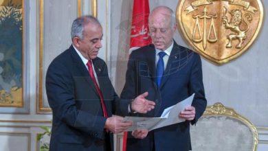 Photo of الحبيب الجملي يقدم تشكيلة حكومته المقترحة للرئيس التونسي