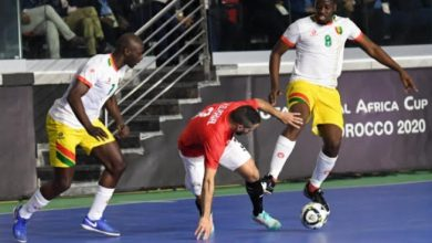 Photo of كأس إفريقيا للأمم لكرة القدم داخل القاعة :المنتخب الأنغولي يتأهل لنصف النهاية  بفوزه على غينيا 5-1