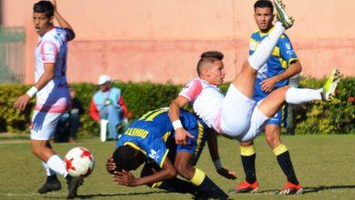 Photo of حسنية أكادير يكتفي بالتعادل السلبي ضد فريق الفتح الرباطي