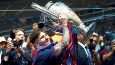 Photo of ميسي يتحكم في مصير مدربي برشلونة منذ حقبة فرانك ريكارد