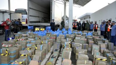 Photo of ضبط شحنة من مخدري الشيرا والكوكايين على متن سيارة خفيفة بمنطقة إمنتانوت